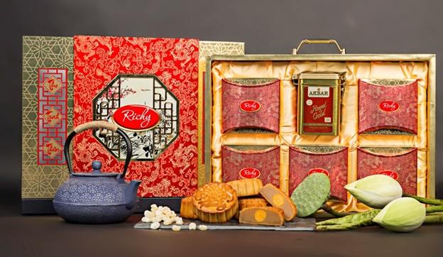 Bánh Trung thu Richy - tình thân đong đầy