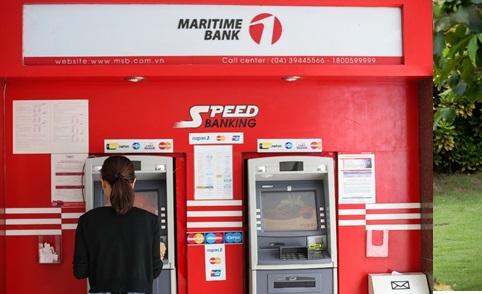 Sếp công ty nhỏ tìm ngân hàng trả lương chiều lòng nhân viên