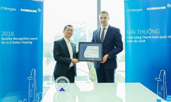 """Eximbank nhận giải thưởng """"Chất lượng thanh toán quốc tế xuất sắc năm 2018"""""""