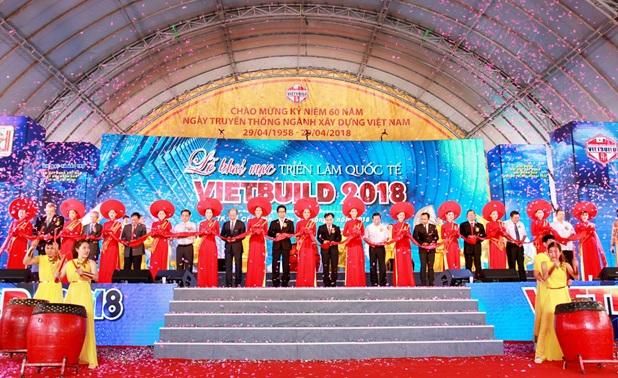 Hơn 2.200 gian hàng tham gia triển lãm Vietbuild Home 2018