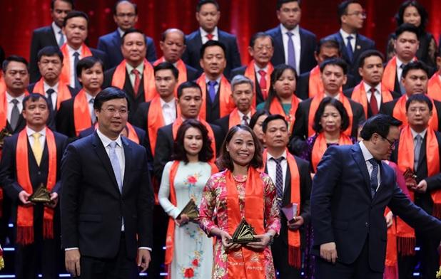 OCB ghi danh Top 100 Sao vàng Đất Việt 2018