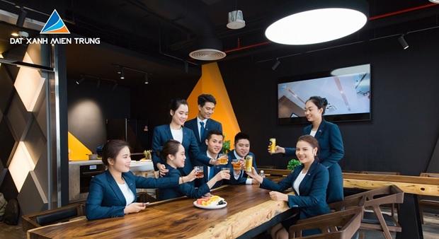Đất Xanh Miền Trung dành 60 tỷ đồng thưởng Tết cho Ban điều hành và HĐQT Công ty