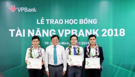 VPBank trao gần 150 suất học bổng tài năng sinh viên trị giá 1 tỷ đồng