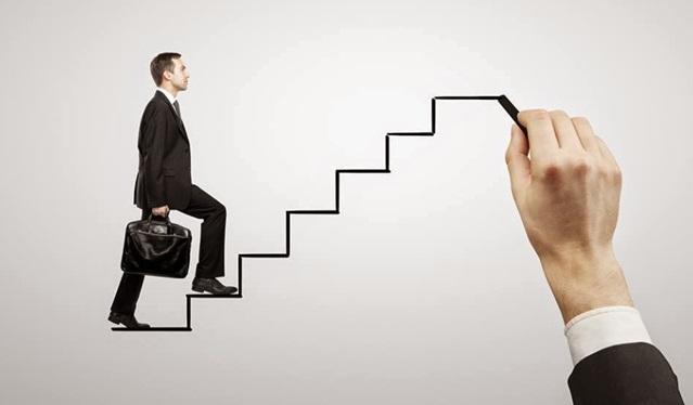 Bí mật thăng tiến không phải ai cũng biết: Làm sếp chỉ là cấp thấp nhất trên con đường lãnh đạo