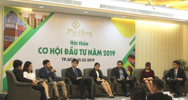 """Chứng khoán Phú Hưng tổ chức chuỗi Hội thảo """"Cơ hội đầu tư 2019"""""""
