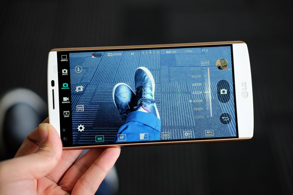 Smartphone của bạn có làm được như LG V10? - Ảnh 2.
