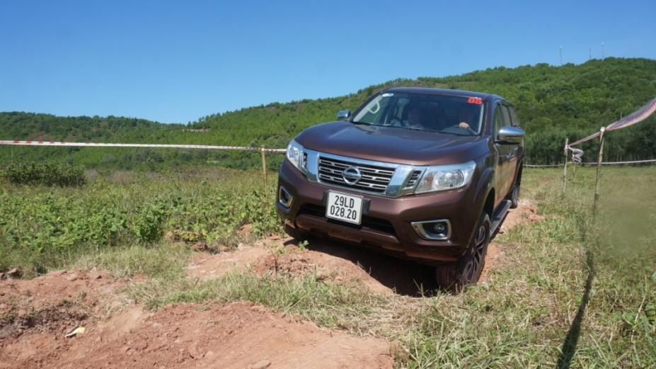 Thấy gì qua chương trình off-road của Nissan tại Bãi Lữ, Nghệ An?
