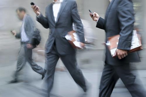 Nhu cầu của người tiêu dùng đối với điện thoại ngày càng phong phú và đa dạng