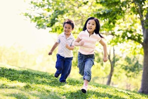Rối loạn thiếu hụt thiên nhiên - Căn bệnh thời đại của trẻ em thành phố - Ảnh 2.