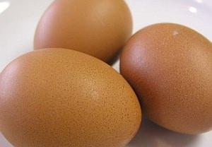 Top 10 thực phẩm giúp tóc chắc khỏe, giảm rụng tóc - Ảnh 1.