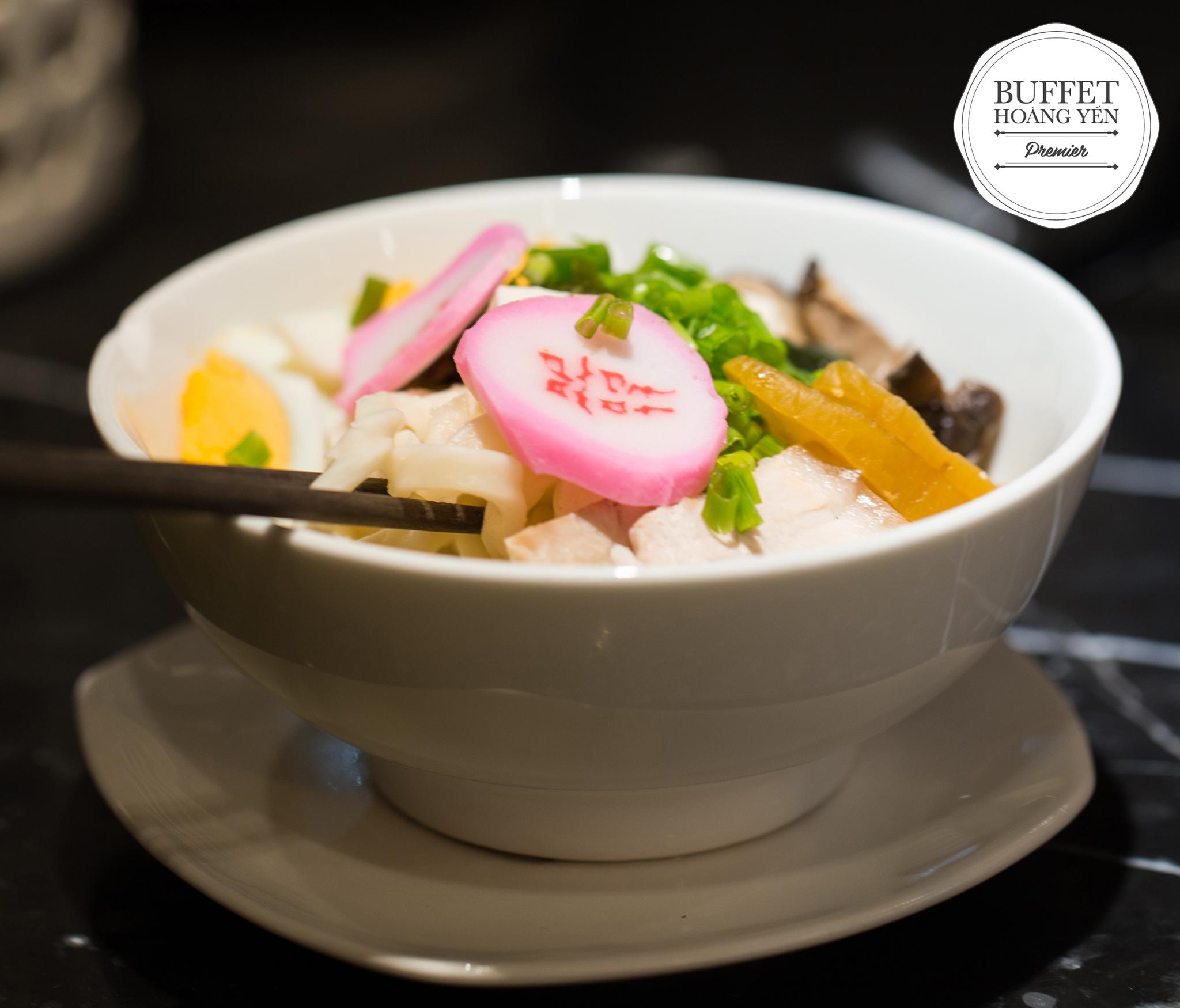 Đua nhau check-in lễ hội ẩm thực Nhật -Hàn đi 4 tặng 1 - Ảnh 2.