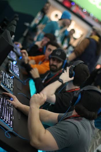 Cẩm nang trang bị những phụ kiện tối ưu dành cho các game thủ