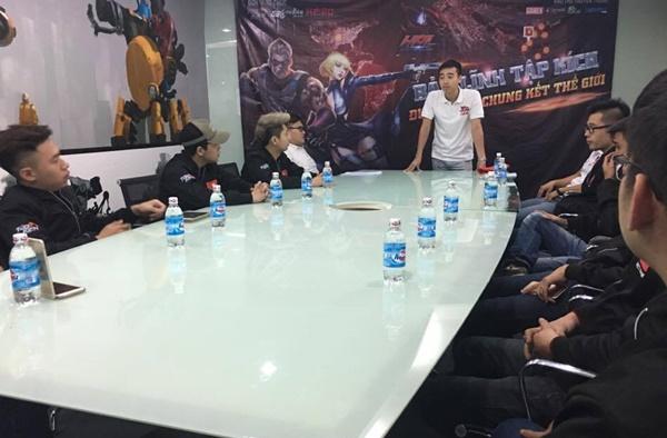 """[HPL 2016]: Đội tuyển Việt Nam đầy khí thế trước giờ """"ra trận"""""""