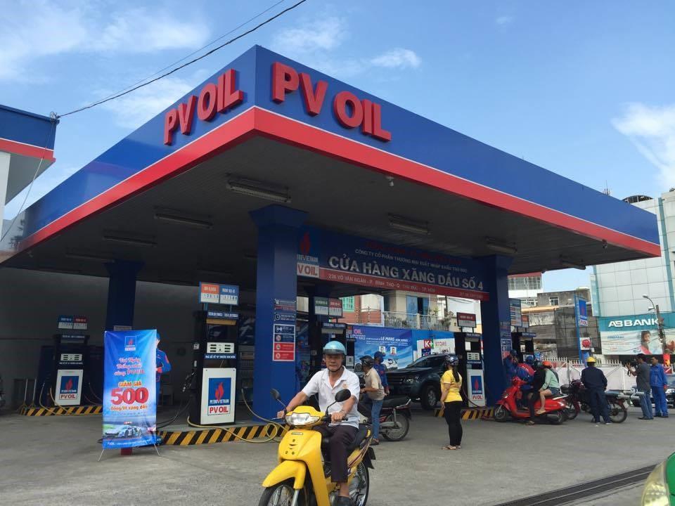 Vui kỷ niệm ngày thống nhất: PVOil giảm giá bán lẻ xăng dầu