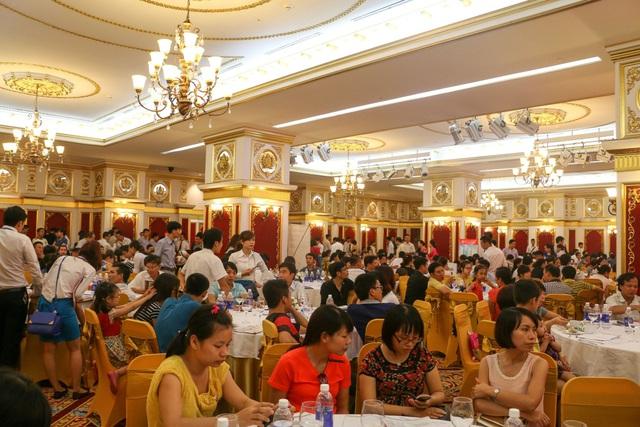 Hateco Hoàng Mai thu hút đông đảo khách hàng trong đợt mở bán đầu tiên ngày 09.08