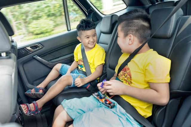 Bí quyết du lịch an toàn khi có trẻ nhỏ trên xe - Ảnh 1.