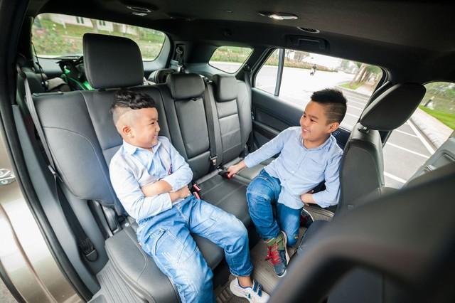 Bí quyết du lịch an toàn khi có trẻ nhỏ trên xe - Ảnh 2.