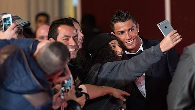 Phạm Anh Khoa dự sự kiện của siêu sao bóng đá Cristiano Ronaldo tại London