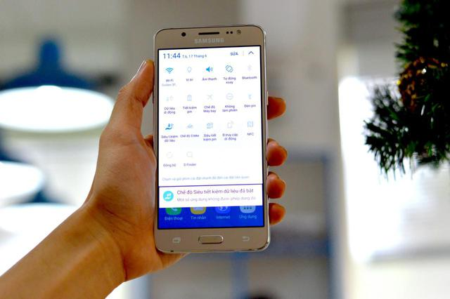 Nếu phải chọn smartphone giá vừa tầm, Galaxy J5, J7 vô đối nhờ 4 ưu điểm sau - Ảnh 3.