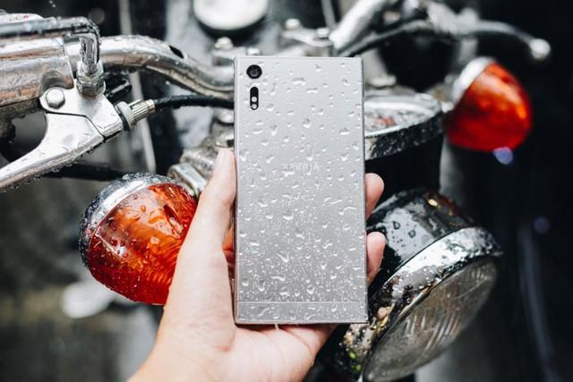 Phải đẹp-độc-lạ như Xperia XZ mới xứng tầm smartphone cao cấp - Ảnh 2.