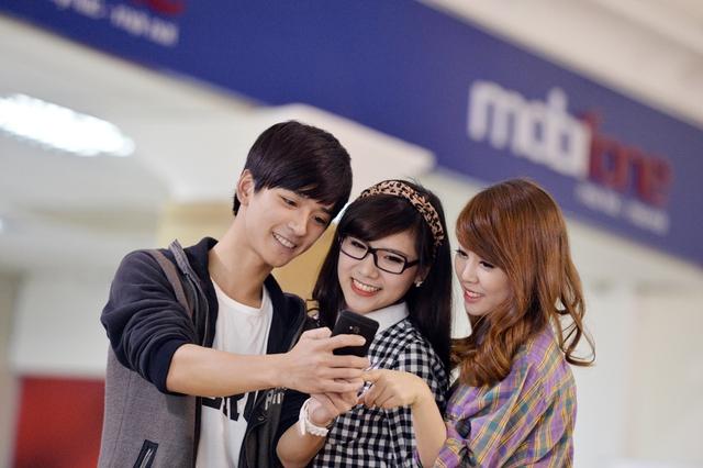 MobiFone chi 71 tỉ cho khuyến mại dịp năm mới 2015 (2)