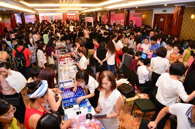 Sự kiện VStyles Private Sale tại Tp. HCM ngày 9&10/4 thu hút gần 30.000 lượt mua sắm