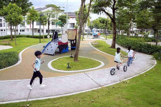 Không gian xanh mát, tiện ích trọn đầy trong một khu đô thị văn minh tạo nên sức hút cho những biệt thự tại Gamuda Gardens