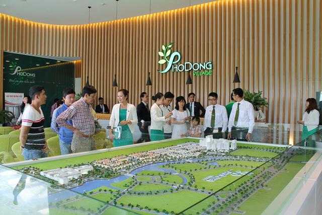 Người mua nhà tìm tới PhoDong Village không chỉ vì mật độ xây dựng chỉ 24,09% mà còn tâm đắc với hệ thống cơ sở hạ tầng kỹ thuật và xã hội hoàn thiện đồng bộ bậc nhất khu Đông