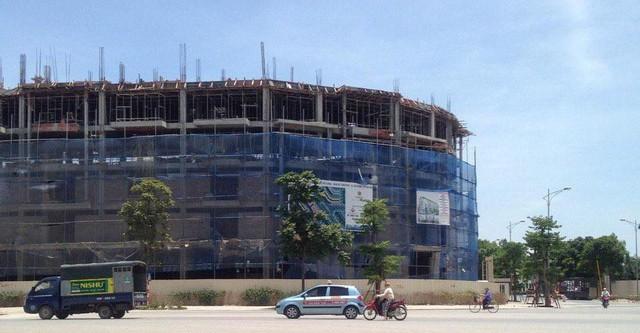Ảnh chụp thực tế dự án ngày 14/06/2016 nhìn từ mặt đường Lê Trọng Tấn, Hà Đông.
