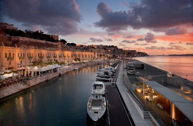 Thành phố cảng Valletta Waterfront – một trong những dự án thiết kế cảnh quan tiêu biểu và nổi tiếng của EDSA.