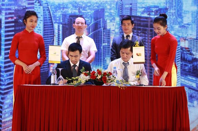 Lễ ký thoả thuận hợp tác giữa Worldstar Land và Hội môi giới BĐS Việt Nam.