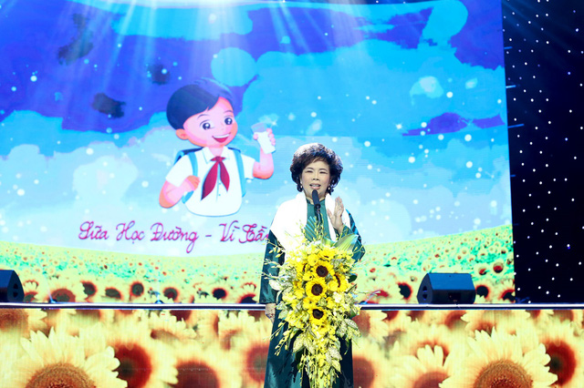 Cầu truyền hình Sữa học đường Vì Tầm Vóc Việt đã chính thức công bố Chương trình Sữa học đường quốc gia (điểm cầu Nghệ An).