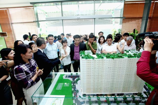 Vừa mở bán trung tuần tháng 11, Ecohome Phúc Lợi ngay lập tức tạo sóng thu hút trên thị trường căn hộ tại quận Long Biên bởi mức giá chỉ từ 16,5 triệu đồng/ m2.