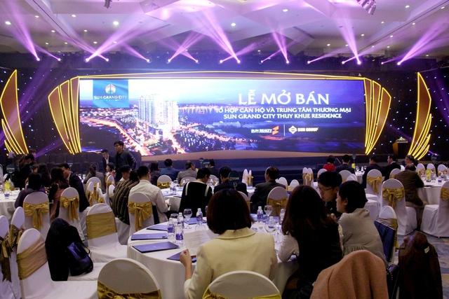Ca sĩ Tùng Dương biến thành dân cư đầu tiên tại Chung cư cao cấp Sun Grandcity Ancora Residence
