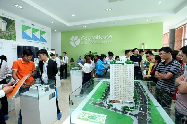 Ecohome Phúc Lợi là dự án đầu tiên ở phân khúc căn hộ giá rẻ đạt được chứng chỉ xanh quốc tế thu hút rất nhiều khách hàng quan tâm.
