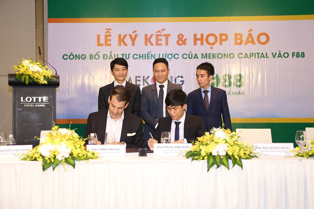 Đại diện F88 chính thức nhận khoản đầu tư từ Mekong Capital.