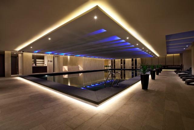 Hệ thống khách sạn của Swisstouches mang thiết kế sang trọng.