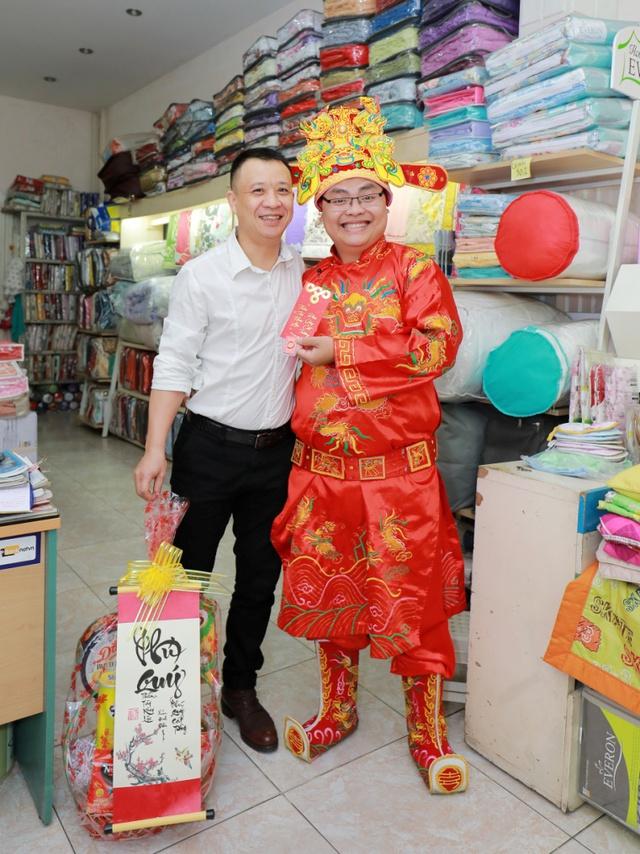 Anh Sơn – chủ cửa hàng ở Hòa Mã.