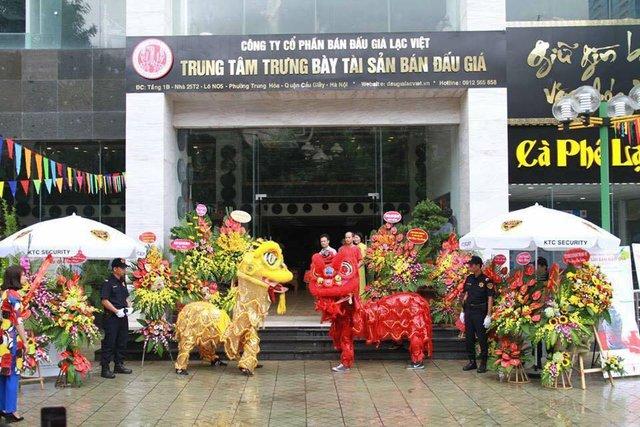 Trung tâm Trưng bày tài sản bán đấu giá rộng của Lạc Việt.