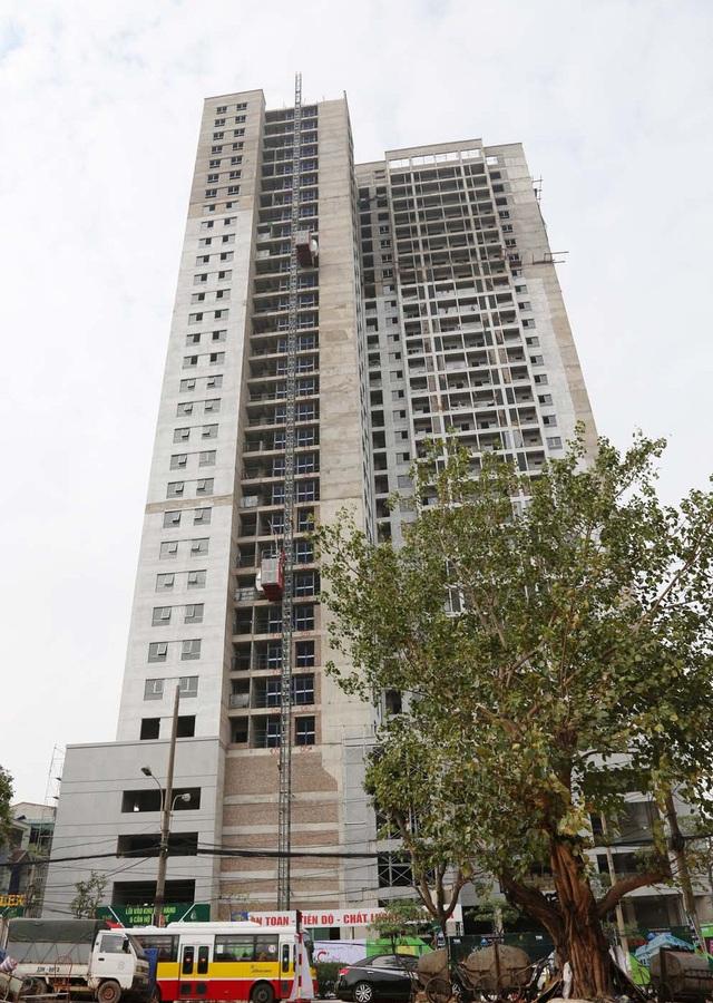 Nhà thầu Coteccon đã áp dụng công nghệ vách trụ được thay thế cho cột trụ giúp các căn hộ không có góc chết, tăng ánh sáng tự nhiên cho các phòng.