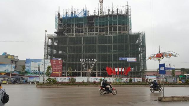 Hiện dự án thi công đến tầng 10, tiến độ trung bình 10 ngày/sàn.