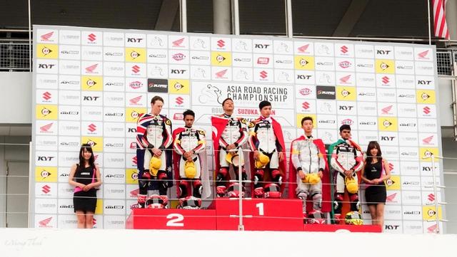 Về nhất chặng cuộc đua mô tô châu Á, chàng trai Việt chia sẻ bí quyết chiến thắng - Ảnh 2.