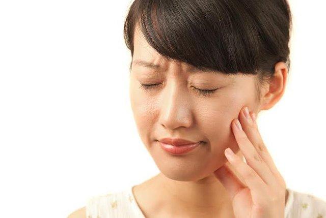 Kết quả hình ảnh cho Nhạy cảm nướu răng ba nguyên nhân đáng ngạc nhiên