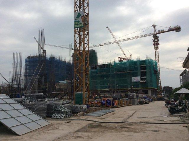 Tòa G1, G2 Five Star Garden đã xây đến sàn tầng 8, được triển khai bởi các nhà thầu uy tín như Coteccons, Phục Hưng Holdings