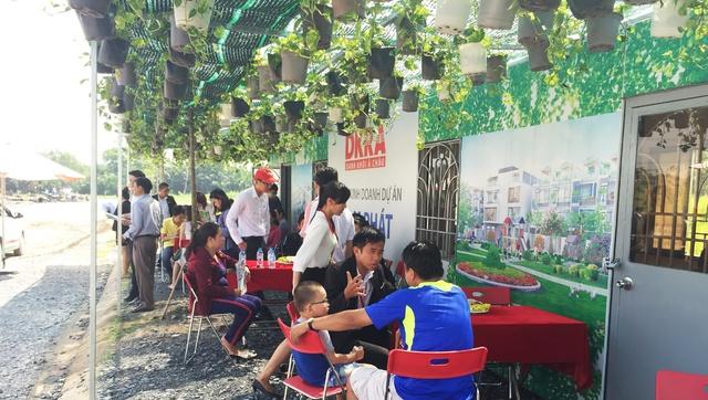 Nhiều khách hàng quan tâm tìm hiểu dự án Nam Phát