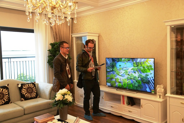 Buổi khai trương nhà mẫu Goldmark City hấp dẫn cả những khách hàng nước ngoài