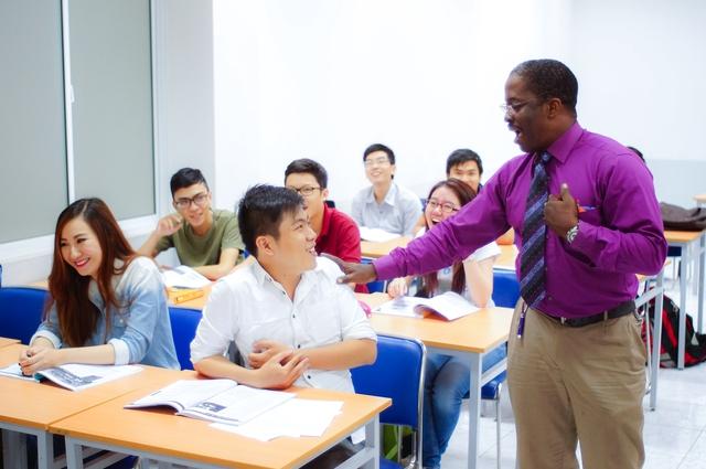 Sinh viên liên thông được học tập với các giảng viên nhiều kinh nghiệm, giàu tâm huyết