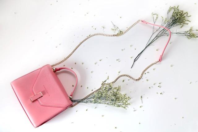 5  loại túi, ví mà các cô gái hiện đại cần phải có - Ảnh 2.