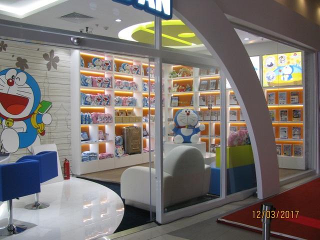 Có gì thú vị trong cửa hàng du lịch Doraemon đầu tiên tại Việt Nam? - Ảnh 2.