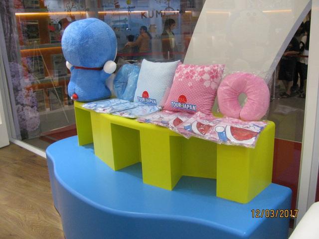 Có gì thú vị trong cửa hàng du lịch Doraemon đầu tiên tại Việt Nam? - Ảnh 3.